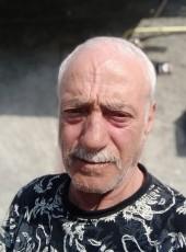 David Papazyan, 64, Armenia, Gyumri