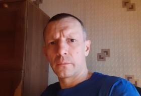 Evgeniy, 44 - Just Me