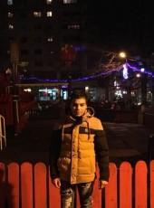 Carabulea, 19, Romania, Alexandria