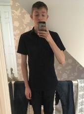 Elliott Dann, 21, United Kingdom, Fleet