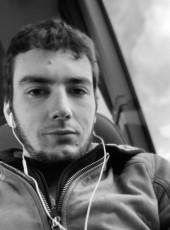 Max, 23, France, Fontenay-le-Comte