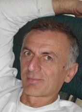 temuri, 62, Abkhazia, Sokhumi