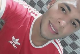 Jorge, 18 - Just Me