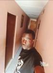 Javier, 25  , Libreville