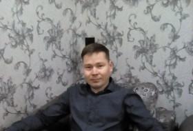 Aleksandr, 37 - Just Me