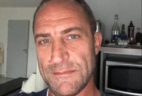 Mauro, 50 - Just Me