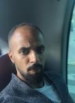 حمودي, 31  , Al Ain