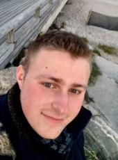Luca , 20, Germany, Muelheim (Ruhr)