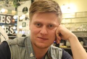 Igor, 29 - Just Me