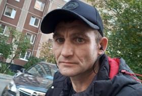 Ivan Miller, 41 - Just Me