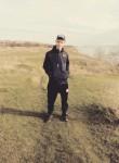 Artyem, 21  , Kerch