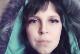 Elena, 27 - Just Me