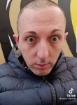 Hasan, 29  , Amsterdam