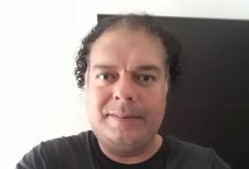 Fer, 44 - Just Me