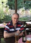 Acun, 49  , Skopje