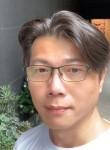 角落的燈光師, 45  , Keelung