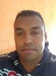 Fidelis, 42, Mairipora