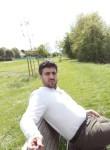 Khaboor , 32  , Russelsheim