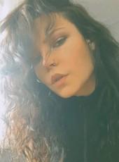 Samira Babaeva, 40, Azerbaijan, Saray