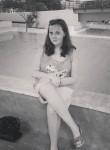 Hannah, 19  , Nidderau