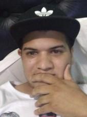 Luciano, 27, Argentina, Santa Fe de la Vera Cruz