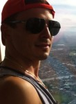 Luca, 33  , Brisbane