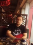 Ibragim, 36, Groznyy