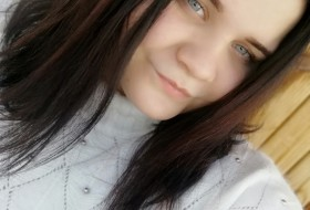Olga , 22 - Just Me