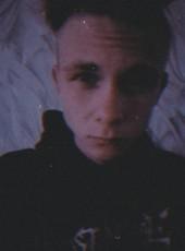 Dmitriy, 18, Belarus, Gomel
