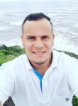 Charles, 32, Sao Paulo