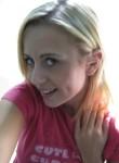 Hazel, 26  , Seattle