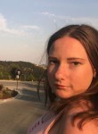 Aubrey, 19, Schererville
