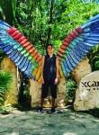 Eduardo, 19, Mexico City