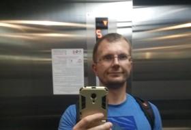 Zhenya, 43 - Just Me