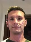 stradivarik, 44  , Samarate