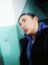 Vitaliy, 19, Ukraine, Kiev