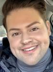 Robert, 24, Chicago