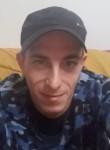 Michel, 26  , Bruay-la-Buissiere