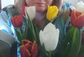 Annushka, 46 - Just Me