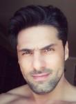 Sado, 37  , Saray