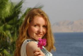 Darya, 38 - Just Me