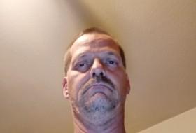 Robert, 44 - Just Me