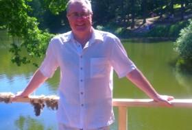 Eduard, 54 - Just Me