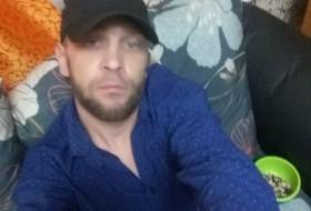 Egor , 32 - Just Me