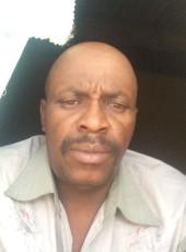 mlambo, 48, Namibia, Grootfontein