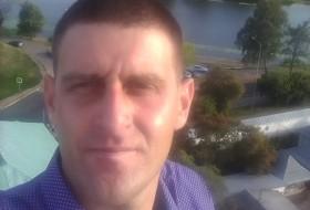 Yuriy, 33 - Just Me