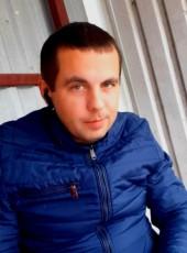 Vitaliy, 35, Belarus, Klyetsk