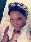 donayen, 26, Libreville