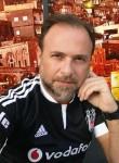 Ben Lucas, 53  , Franconville