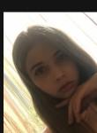 Vika, 18  , Bar